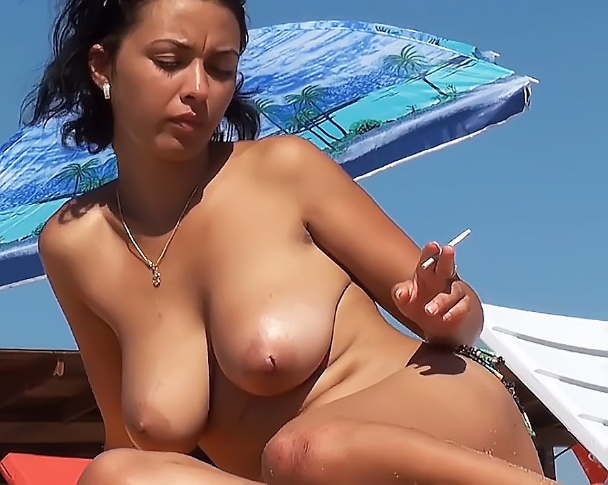 Busty Lady Stripped To The Waist - Hidden Cam