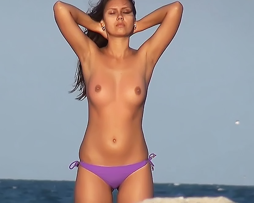 Incredible Plage Tcheck Wife Tunesia Bare-Breasted