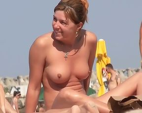 Bra-Less Me: Lady Flashing In Public