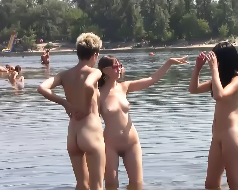 The clothes come off quickly for two young nudists