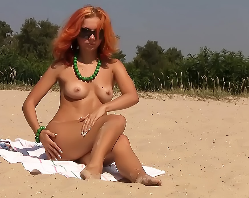 I LOVE TO GO ON NUDE BEACH AND SEE ASSES AND PUSSIES.