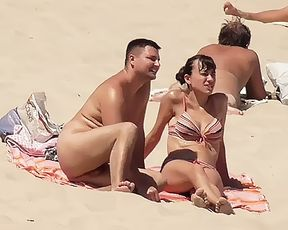 damsel girls on nude strand