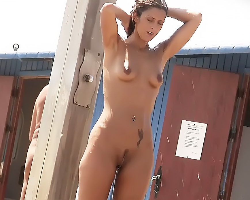 Naturist strand shows off two gorgeous naked girls
