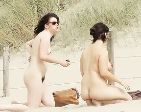 18 years old damsel naturist at strand