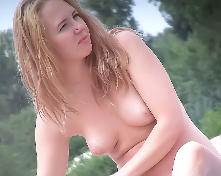 Hot chick naturists make this nude plage even hotter 2