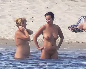 Nudist beach brings the best out of three hot girls 2