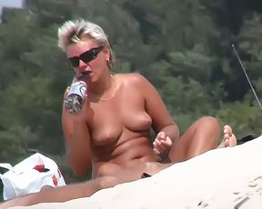 during my naturist vacation in croatia i saw some nice women 3