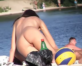 I LOVE TO GO ON NUDE BEACH AND SEE ASSES AND PUSSIES. 2