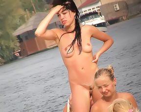 Nude Plage - Big Tit Strand fun POV 2