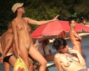 Plage spread on a nude plage of a female 3