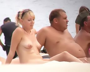 Every inch of this gorgeous naturist is on display 5