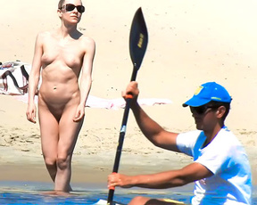 A nice relaxing day on the plage, enjoying the sun on my naked body.