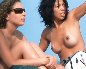 Madura bien puta en playa nudista ahhh